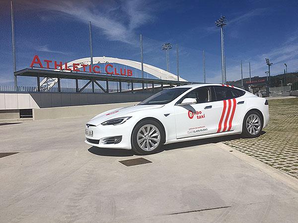 Alquiler de vehículo Tesla para Eventos de empresa y particulares